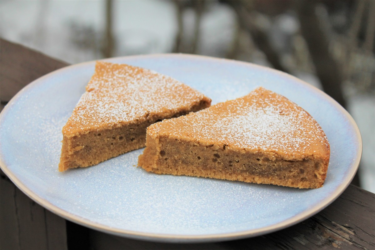 Flourless Almond Cake